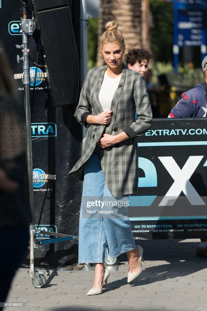 Charlotte McKinney visits 'Extra' at Universal Studios Hollywood on February 1, 2018 in Universal City, California.