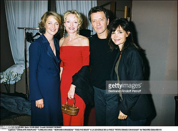 Charlotte Rampling Caroline Sihol Bernard Giraudeau Evelyne Bouix at the preview of the play Petits Crimes Conjugaux at the Edouard VII theater woman...