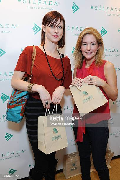Charlsey Adkins and writer Kathryn Stockett pose with Silpada at Kari Feinstein's Oscars Style Lounge at Mondrian Los Angeles on February 23 2012 in...