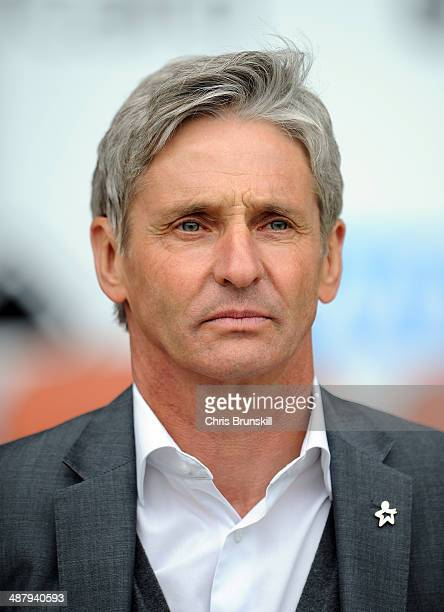 Charlton Athletic manager Jose Riga looks on during the Sky Bet Championship match between Blackpool and Charlton Athletic at Bloomfield Road on May...