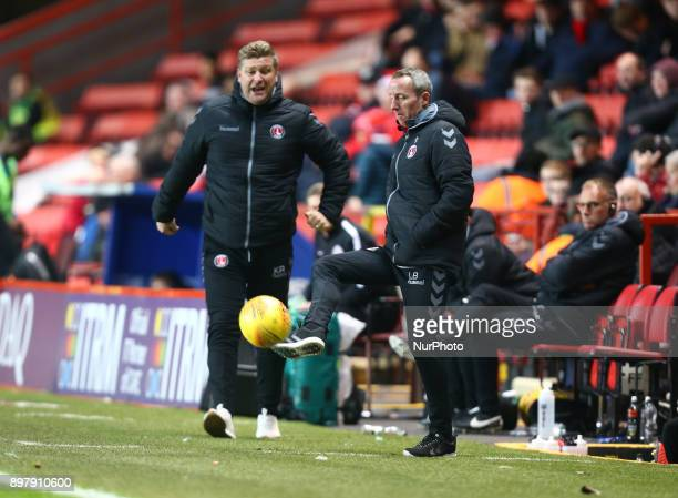 LR Charlton Athletic manager Karl Robinson and Assistant Manager Lee Bowyer during Sky Bet League One match between Charlton Athletic against...