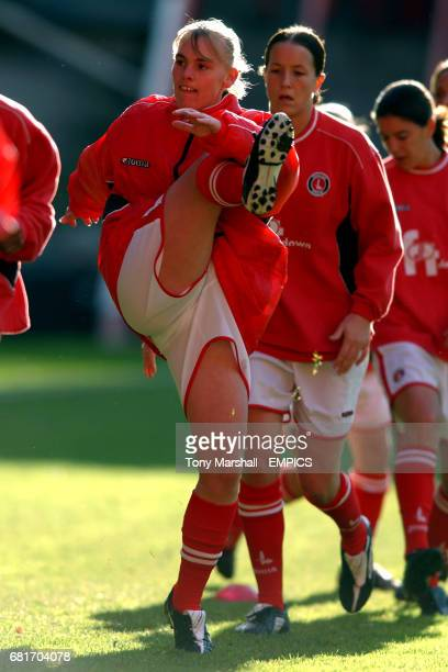 Charlton Athletic's Amanda Barr during the pre match warm up