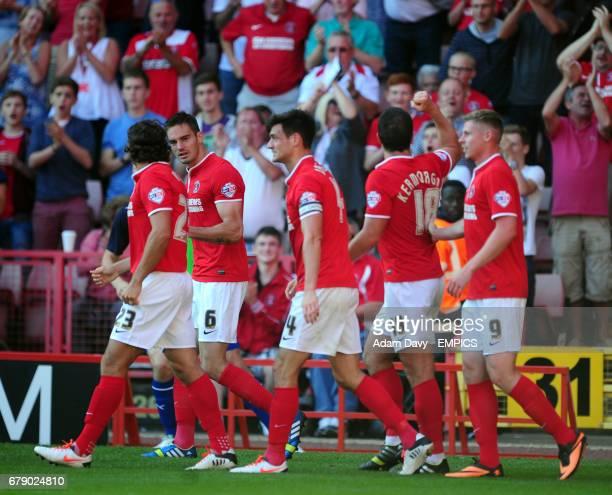 Charlton Athletic's Yann Kermorgant celebrates his goal with his team mates