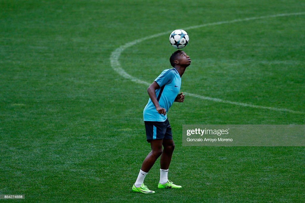 Charly Musonda of Chelsea FC excercises during a training session ahead of the UEFA Champions League Group C match between Atletico de Madrid and Chelsea FC at Wanda Metropolitano stadium on September 26, 2017 in Madrid, Spain.