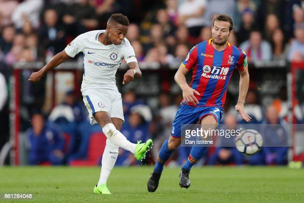 Charly Musonda of Chelsea shoots during the Premier League match between Crystal Palace and Chelsea at Selhurst Park on October 14 2017 in London...