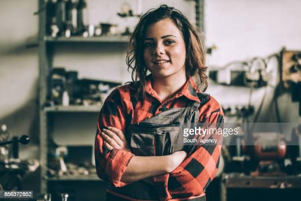 mecânico de menina encantadora - independência - fotografias e filmes do acervo