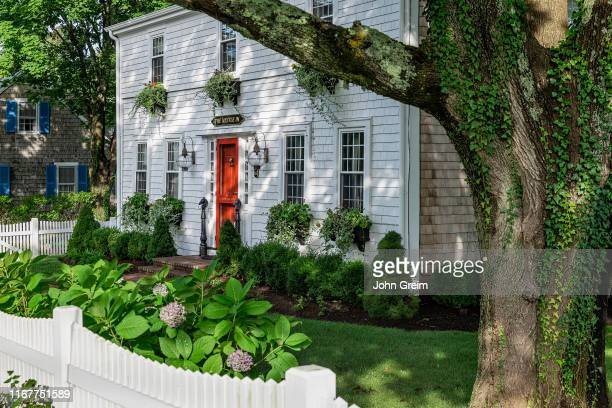 Charming house and yard