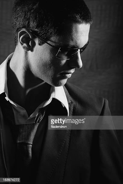 魅力的なビジネスマンの肖像画