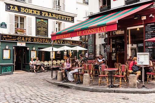 Charming restaurant Le Consulat on the Montmartre hill. Paris, France 951904624