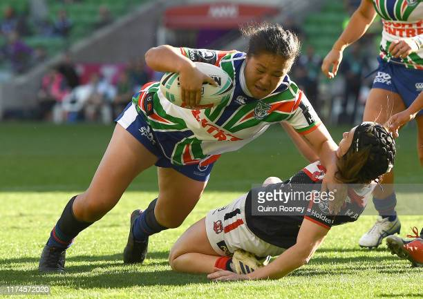 Charntay Poko of the Warriors scores a try during the round one NRLW match between the Sydney Roosters and the New Zealand Warriors at AAMI Park on...