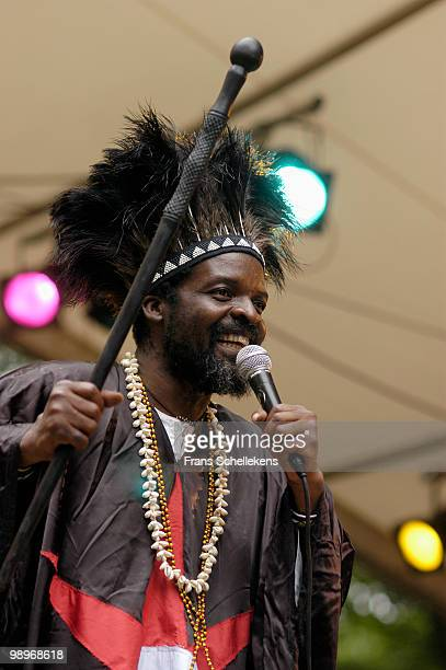 Chartwell Dutiro performs live at the Africa Festival in Hertme, Holland on June 28 2003