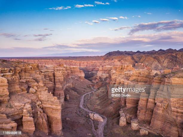 charyn canyon with sunset, kazakhstan - kazakhstan stock pictures, royalty-free photos & images