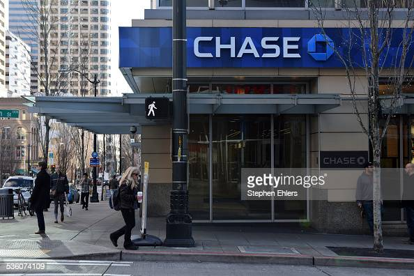 A Chase Bank Branch Location With The Corporate Logo And
