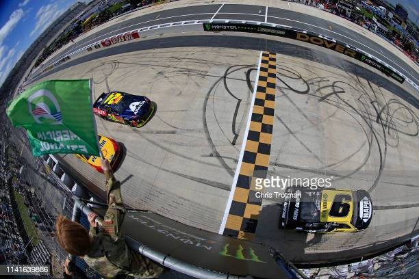 Chase Elliott driver of the NAPA Brakes Chevrolet takes the green flag to start the Monster Energy NASCAR Cup Series Gander RV 400 at Dover...