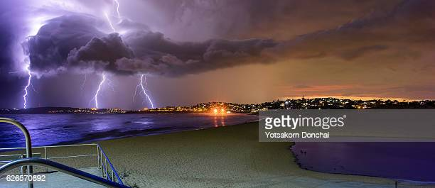 chasing storm - sydney rain stock pictures, royalty-free photos & images