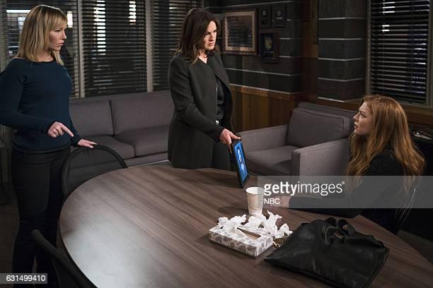 UNIT 'Chasing Theo' Episode 1813 Pictured Kelli Giddish as Detective Amanda Rollins Mariska Hargitay as Lieutenant Olivia Benson Rachelle Lefevre as...