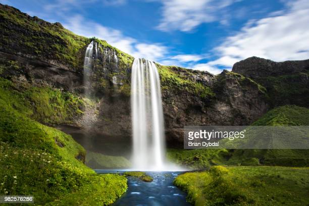 chasing waterfalls - waterfall stock pictures, royalty-free photos & images