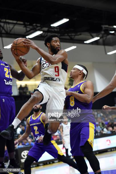 Chasson Randle of the Capital City GoGo drives the basketball against the South Bay Lakers on December 13 2018 at UCLA Heath Training Center in El...