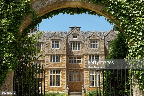 chastleton house, a jacobean mansion in the cotswolds, gloucestershire, england - stone house stock pictures, royalty-free photos & images