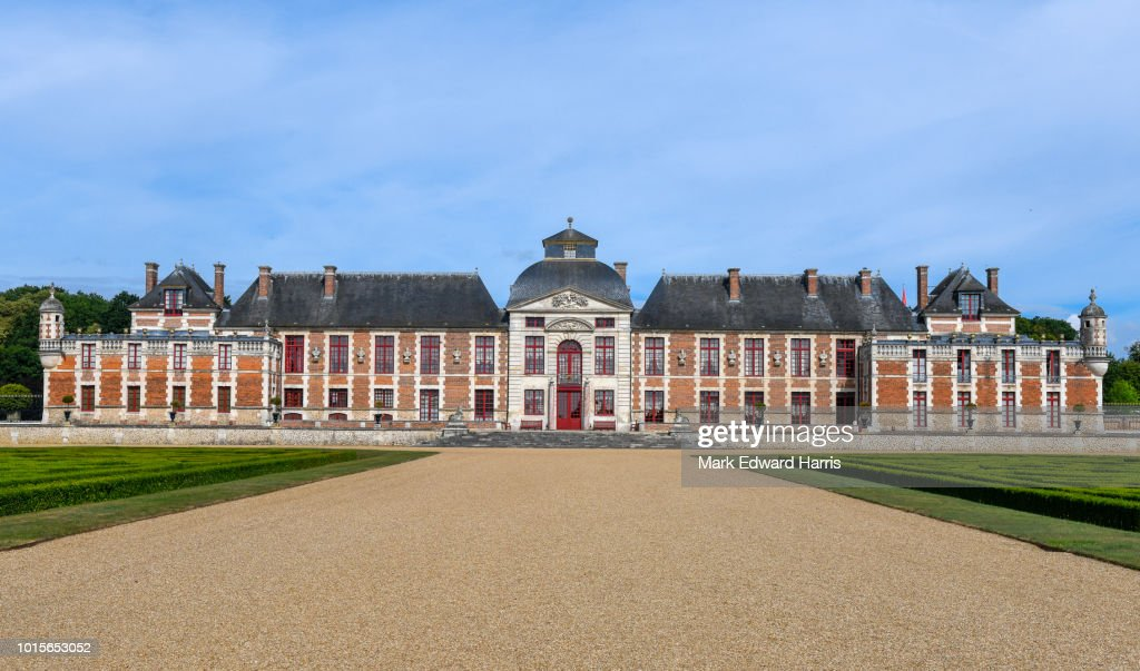 878aca7ad0ba48 Chateau Champ De Bataille Stock Photo - Getty Images