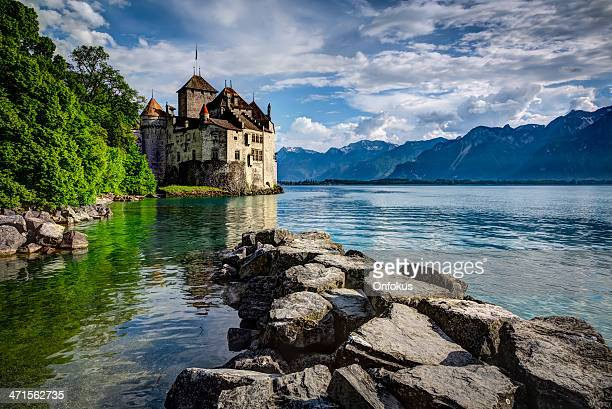 chateau chillon, montreux, switzerland - vaud canton stock pictures, royalty-free photos & images