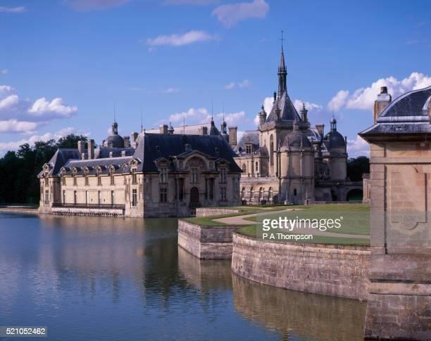 chateau de chantilly - オワーズ ストックフォトと画像