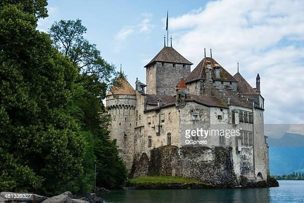 chateau de chillon auf den genfer see, schweiz – xxxl - ogphoto stock-fotos und bilder