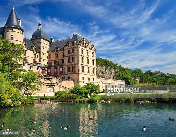 chateau de vizille, france - grenoble stockfoto's en -beelden