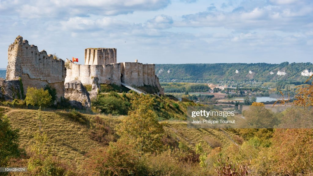 Chateau Gaillard Castle Ruins In Les Andelys Normandie France High Res Stock Photo Getty Images