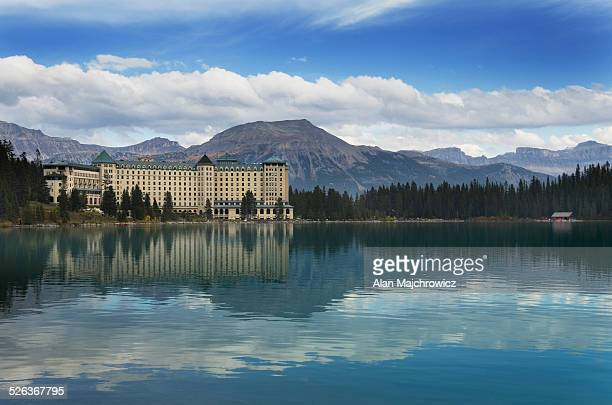 chateau lake louise, banff national park - chateau lake louise - fotografias e filmes do acervo