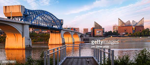 chattanooga skyline, tennessee, america - tennessee stock pictures, royalty-free photos & images