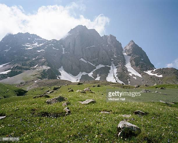 Chaukhebi Mountains icemelt