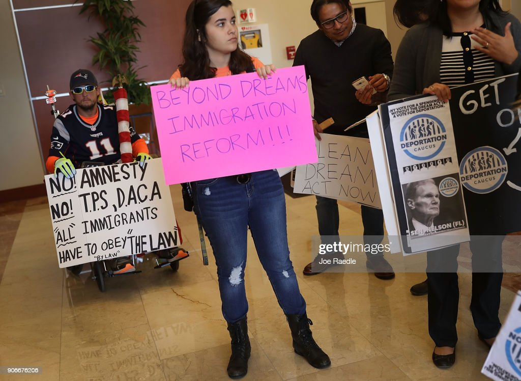 Activists Demonstrate For Passage Of Clean Dream Act