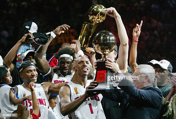 Chauncey Billups of the Detroit Pistons receives the Finals MVP trophy from NBA commissioner David Stern after defeating the Los Angeles Lakers 10087...
