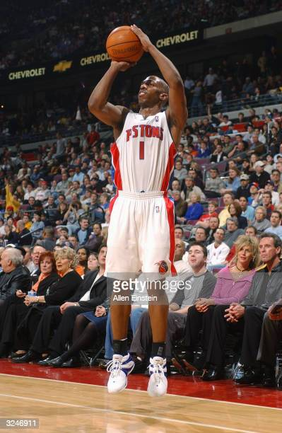 Chauncey Billups of the Detroit Pistons shoots a jumper during the game against the Los Angeles Clippers on March 31, 2004 at the Palace of Auburn...