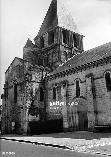 Chauvigny . North front of the church Notre-Dame .