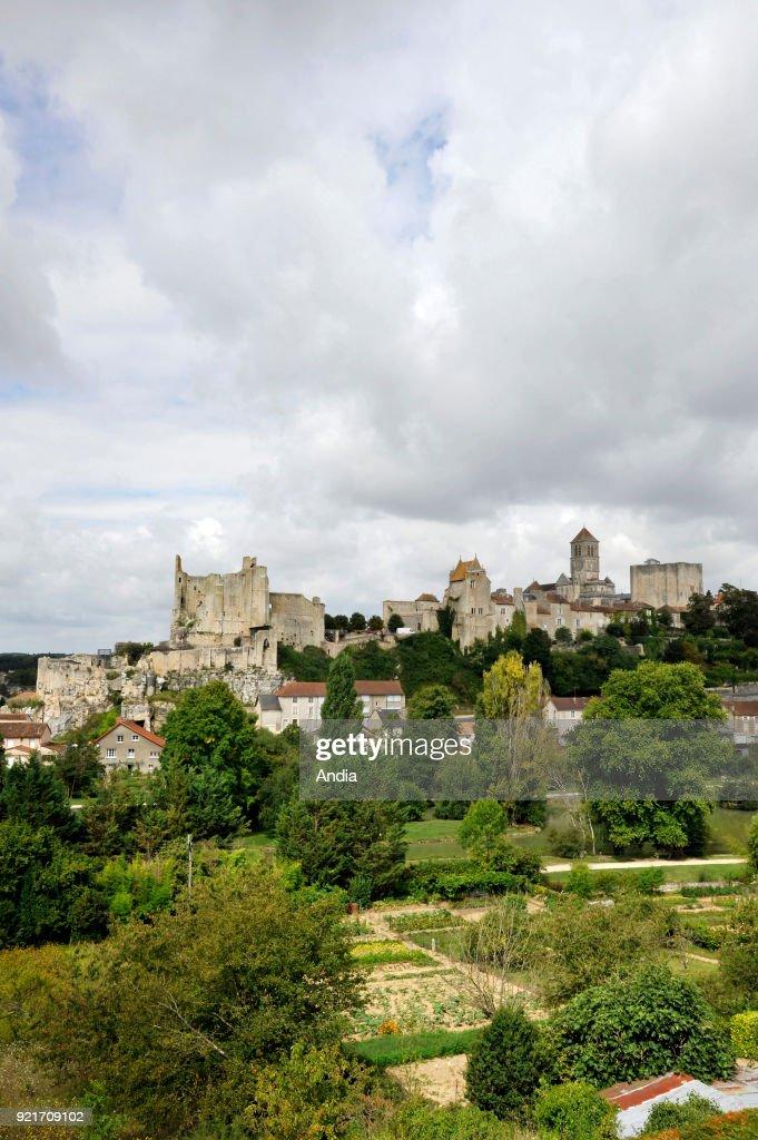 Chauvigny, the medieval city. : News Photo