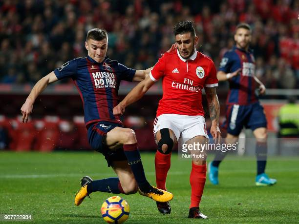 Chaves's defender Nikola Maras vies for the ball with Benfica's forward Eduardo Salvio during Primeira Liga 2017/18 match between SL Benfica vs GD...