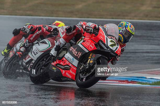 Chaz Davies of Great Britain and ARUBAIT RACINGDUCATI leads the field during the World Superbike Race 2 during the FIM Superbike World Championship...