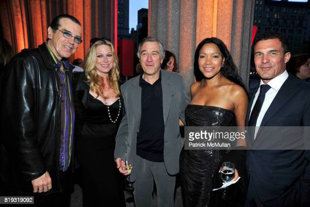 Chazz Palminteri Gianna Ranaudo Robert De Niro Grace Hightower and Andre Balazs attend VANITY FAIR TRIBECA FILM FESTIVAL Opening Night Dinner Hosted...