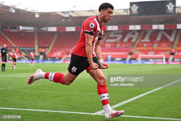 Che Adams of Southampton celebrates after scoring their side's first goal during the Premier League match between Southampton and Fulham at St Mary's...