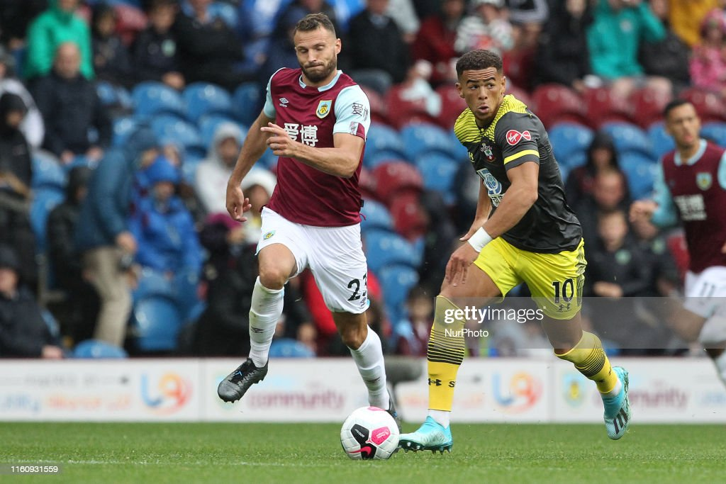 Burnley FC v Southampton FC - Premier League : News Photo