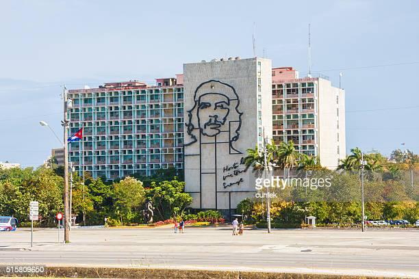 che guevara mural in havana, cuba - plaza de la revolución havana stock photos and pictures