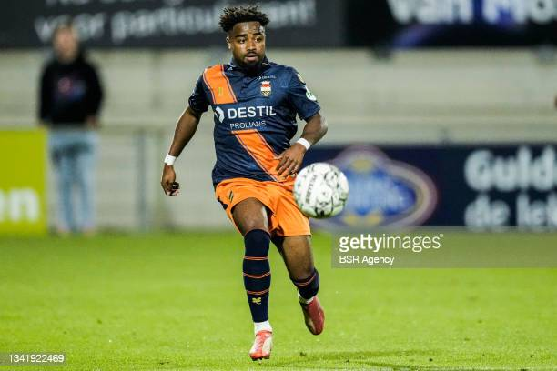 Che Nunnely of Willem II during the Dutch Eredivisie match between RKC Waalwijk and Willem II at Mandemakers Stadion on September 21, 2021 in...