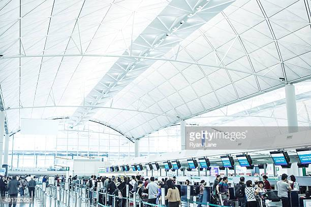 Check-In am Internationalen Flughafen Hong Kong