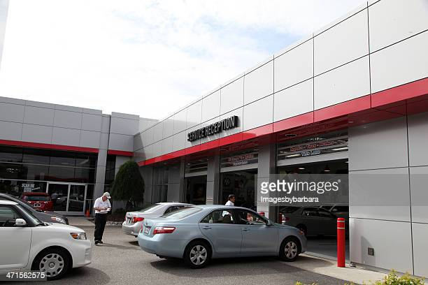 check in - auto repair shop exterior stock pictures, royalty-free photos & images