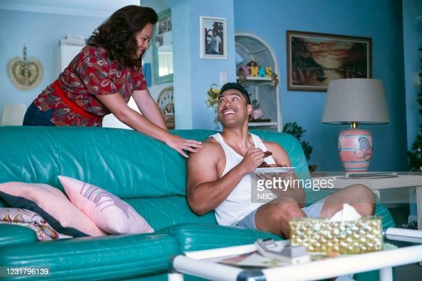 "Check Your Head"" Episode 104 -- Pictured: Stacey Leilua as Ata Johnson, Uli Latukefu as Dwayne --"