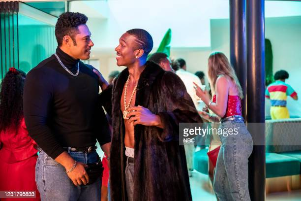 """Check Your Head"""" Episode 104 -- Pictured: Uli Latukefu as Dwayne, Rich Morrow as Michael Irvin --"""