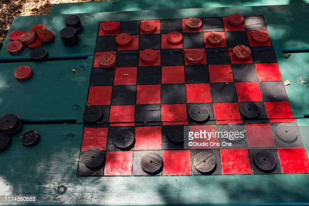 checker board - chequers stock pictures, royalty-free photos & images