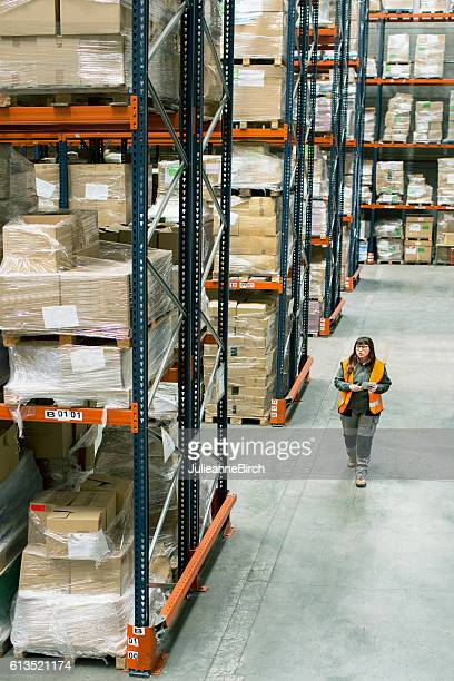 Checking deliveries in a warehouse